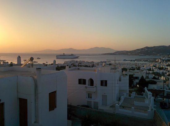 Nazos Hotel: Room view at sunset