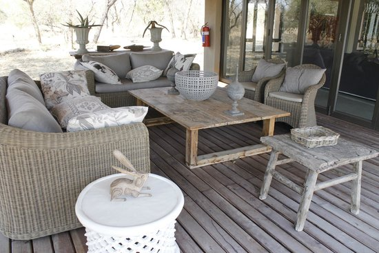 Thornybush Game Lodge: Terrace