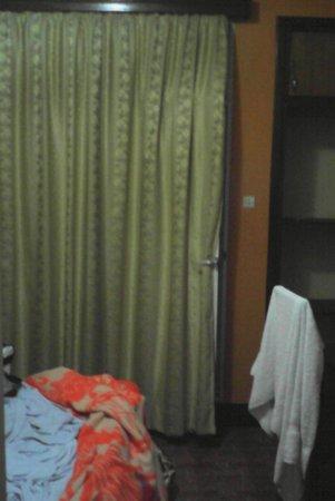 Hotel Isimbi: la porte donnant sur le balcon