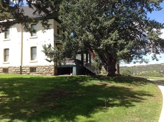 Fort Whipple Museum: Picturesque setting