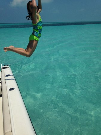 Easy Day Charters: enjoying the sand bar