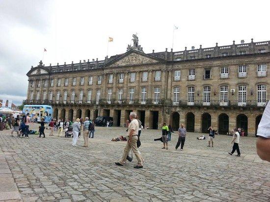 Plaza del Obradoiro: Очень похоже на центр города Болонья