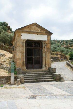 Puente de Alcantara: Lugar de Rituales