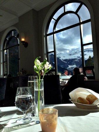 Lakeview Lounge: Lake view