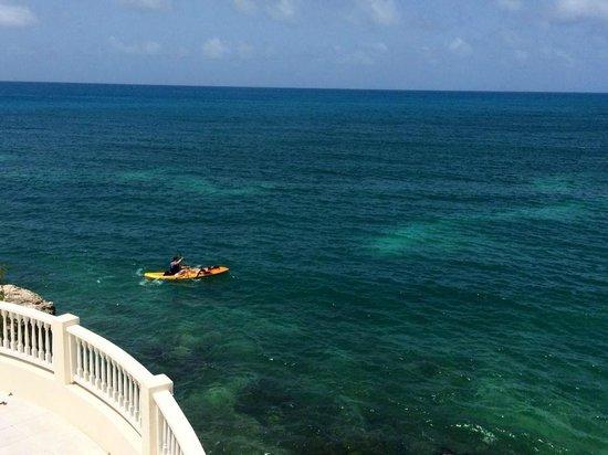 Blue Waters Antigua : Water Sports Kayak