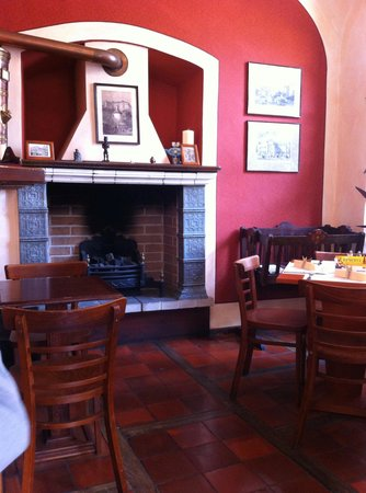 Restaurace Stoleti : View of the fireplace