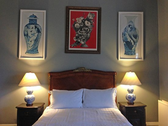 Artist Residence Brighton: Gorgeous bed in room 21