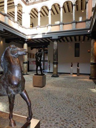 Museo Pablo Gargallo: Le patio