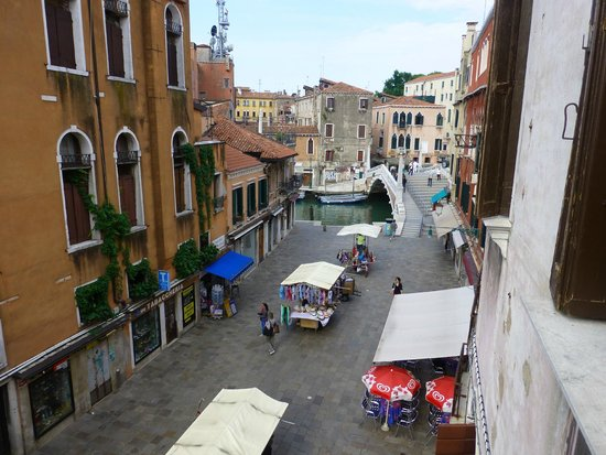 Locanda Casa Martini: View from the breakafst balcony.