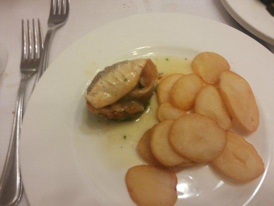 Park Hotel - Ravenna: Porzione di pesce con patate..