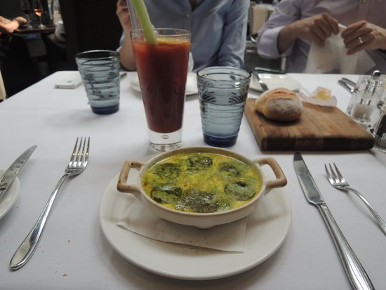 Bluebird Chelsea: Snails & a bloody Mary