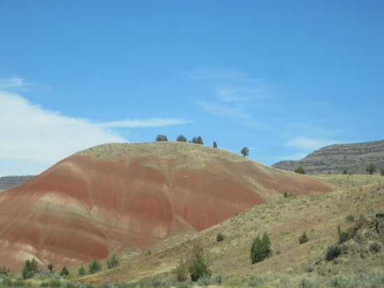 John Day Fossil Beds National Monument: Mounds