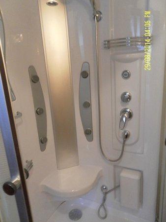 Horda Hotel: Massage shower