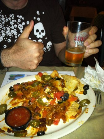 Big Sky Restaurant and Saloon : Beer was fresh and nachos were great !