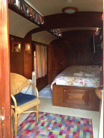 Hotel de Emauspoort: Caravan interior from door.