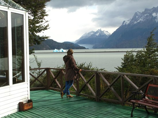 Lago Grey Hotel and Navegation: área comum do hotel
