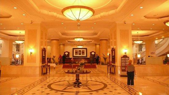 JW Marriott Bucharest Grand Hotel : Recepción