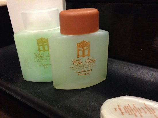 The Inn at Temple Street: Bathroom amenities