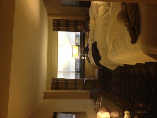 Novotel New York Times Square: Room 3225