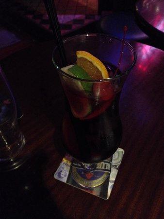 The George Pub : Sangria