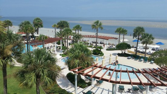 The King and Prince Beach and Golf Resort: View from our 4th floor ocean front room