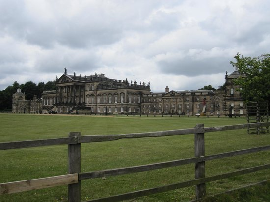 Wentworth Woodhouse: Front of the house