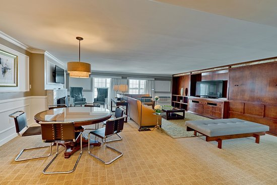 Garden City Hotel: The Penthouse Suite Parlor, with outdoor balcony and wet bar.