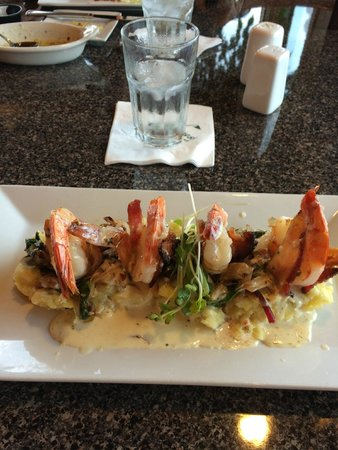 Tower, MN: Bacon wrapped shrimp