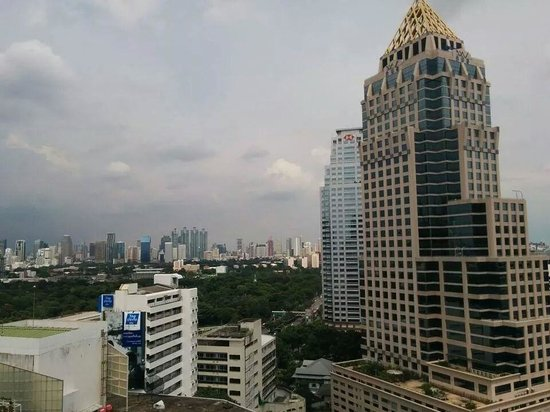 Dusit Thani Bangkok: The serene view from my room