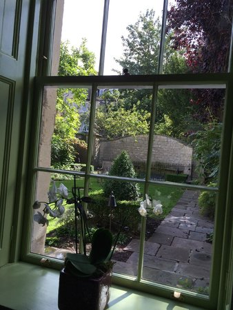 The Royal Crescent Hotel & Spa: View through bedroom window, overlooking walled garden