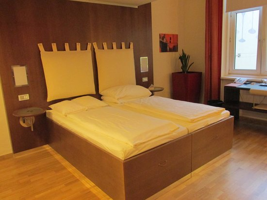 Hotel Rathaus Wein & Design: Comfortable beds