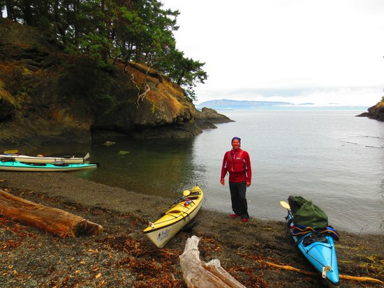 Sea Quest Expeditions Kayak Tours: The Lee of Spiden...just kidding.