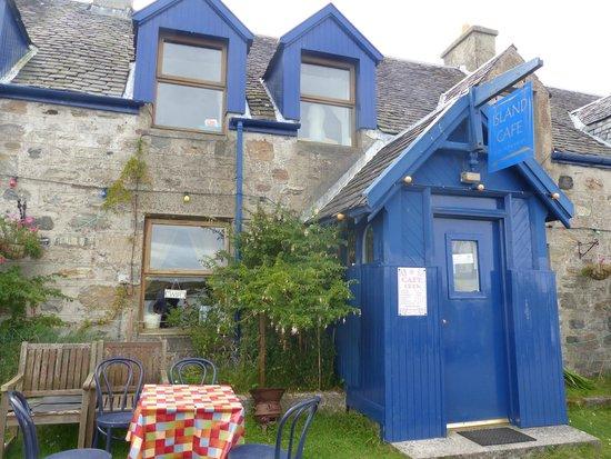 The Island Cafe: The Cafe