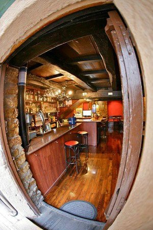 Oviedo, España: Bienvenido al pub