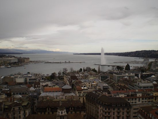 Cathedrale de St-Pierre : View from the Cathedrale tower