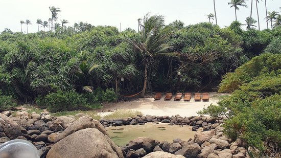 Thaproban Pavilion Resort and Spa: The small seapool