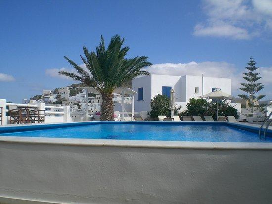 Avanti Hotel : piscina