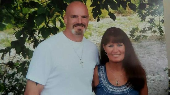 Parrot Mountain & Gardens: Beautiful picture of my husband and me.