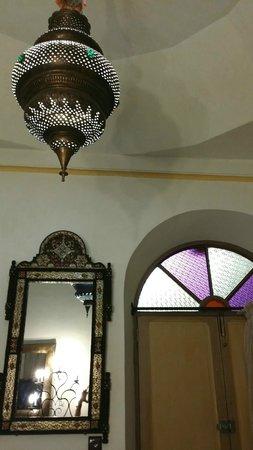 Maison Arabo Andalouse: In room decor