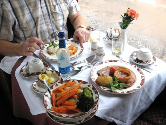 Strathspey Steam Railway: Bon appetit
