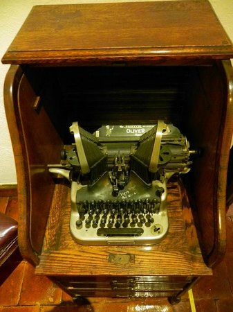 Diego Rivera Museum and Home (Museo Casa Diego Rivera): Diego's Typewriter