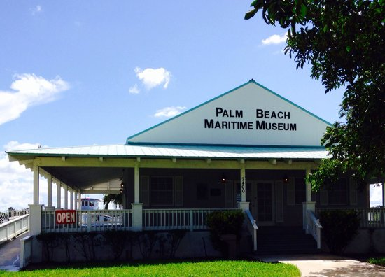 Palm Beach Maritime Museum: Entrance