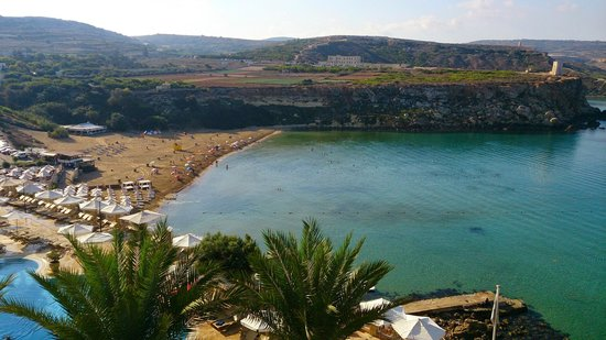 Radisson Blu Resort & Spa, Malta Golden Sands: Morning View of the Beach from Room