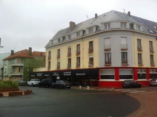 Hotel La Terrasse : extérieur de l'hotel