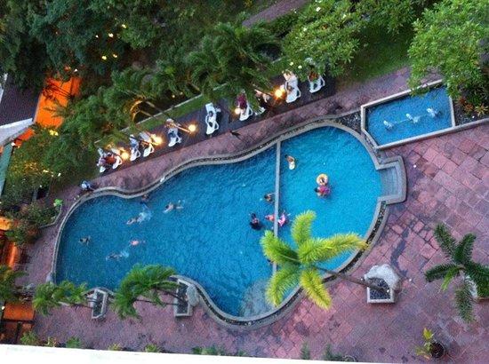 Hatyai Paradise Hotel & Resort: สระว่ายน้ำ