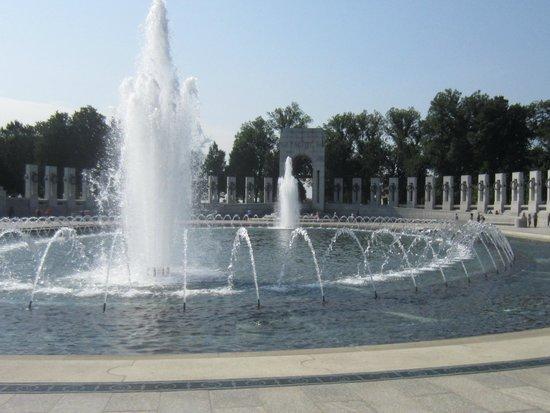 National World War II Memorial: WWII Memorial Fountain
