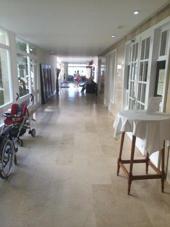 Hotel Son Baulo: Couloir de l'hôtel