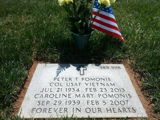 Riverside National Cemetery: Mom and Pa