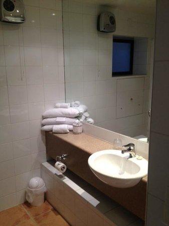 Hotel Carlton Mill: Bathroom