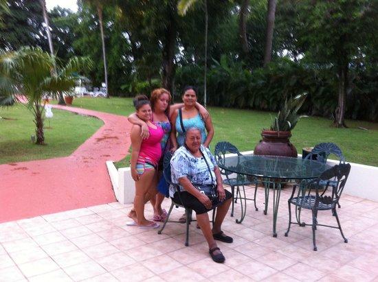 Holiday Inn Mayaquez & Tropical Casino: Familia